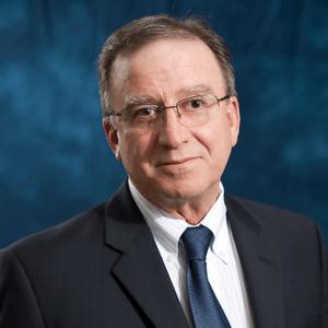 https://indooragtechnyc.com/wp-content/uploads/2018/06/IAT-NYC-2018-speaker-Barry-Holtz.png