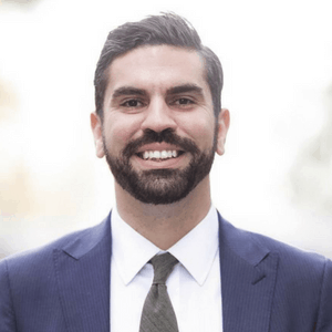 https://indooragtechnyc.com/wp-content/uploads/2018/06/IAT-NYC-2018-speaker-Rafael-Espinal.png